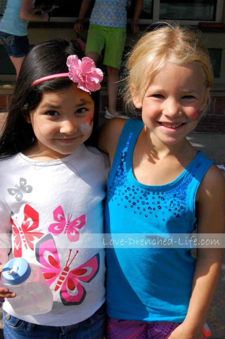 Anna and makenna