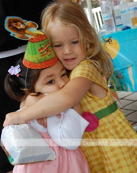 a and m hug