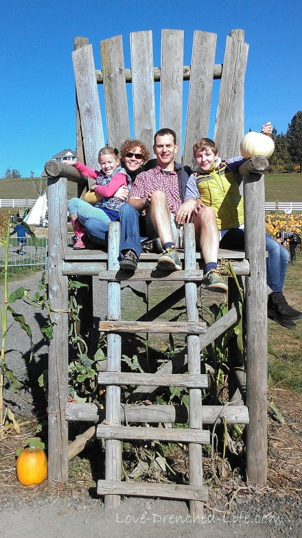 Pumpkin patch big chair