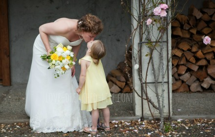 anna and mama wedding